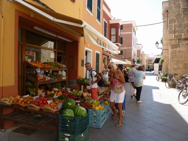Voltants/ Alrededores de la Plaça des Mercat (Ciutadella)