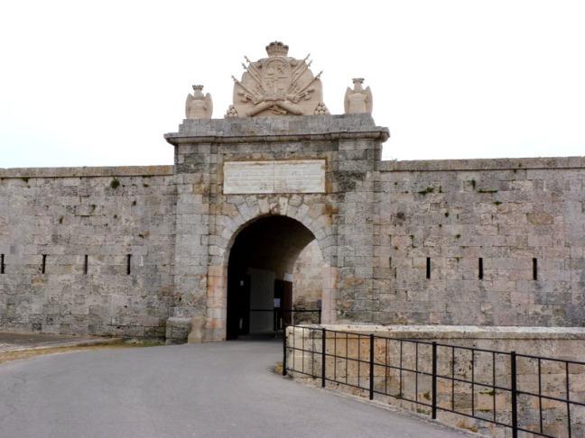 Puerta de la Reina la Mola